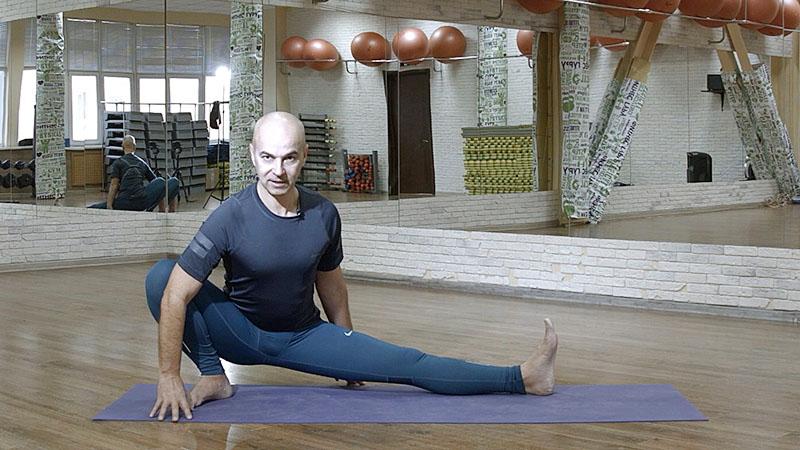 йога для начинающих - Скандасана