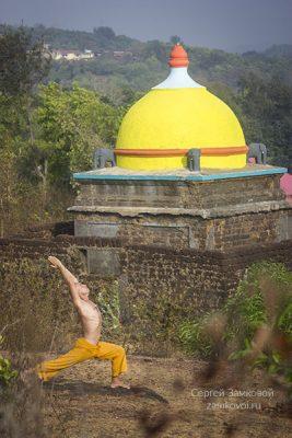 Вирабхадрасана 1 - поза воина